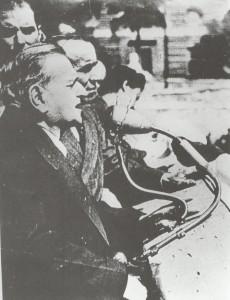 1946 A grandi comizio 2